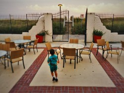 LittleMan Courtyard to boardwalk Casa Marina Jax Beach