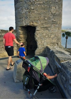 Chris Taylor and dudes at Castillo de San Marcos St Augustine 2traveldads.com