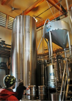 Brewing Procedures and Tanks at Icicle Brewing 1 2traveldads.com