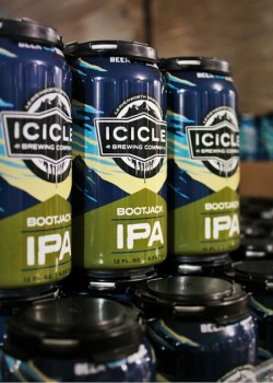 Canned IPA at Icicle Brewing 1 2traveldads.com
