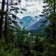 Cascade Mountains from Mountain Home Trail in Leavenworth WA 1