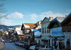 Downtown Leavenworth WA in Snow 2traveldads.com