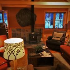 Hotel-Lobby-at-Sleeping-Lady-Resort-Leavenworth-WA-1-225x225.jpg