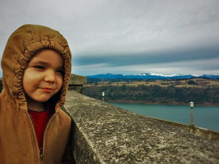 LittleMan at Vista House Columbia Gorge Oregon