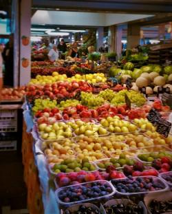 Italian Fruit Market 2traveldads.com