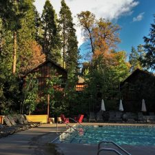 Pool-area-at-Evergreen-Lodge-at-Yosemite-2traveldads.com_-225x225.jpg
