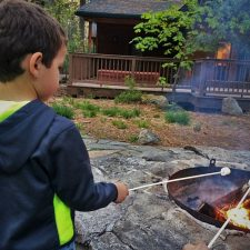 Roasting-marshmallows-at-Evergreen-Lodge-at-Yosemite-National-Park-2traveldads.com_-225x225.jpg