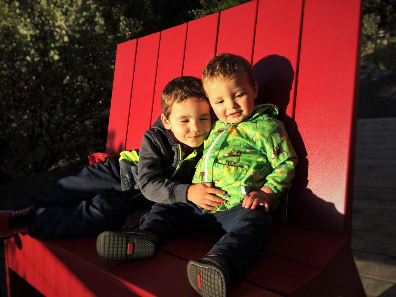 Taylor Kids Hugging At Sunset Point Evergreen Lodge Yosemite Huging Sponge National Park 1