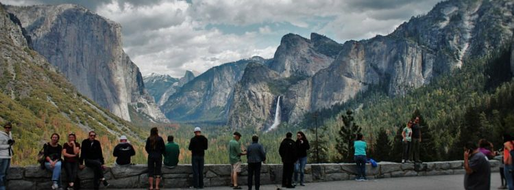 Tunnel View tourists header