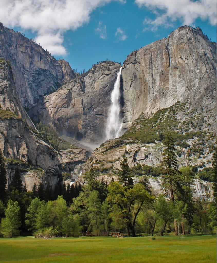 Upper-Yosemite-Falls-from-Yosemite-Valley-Floor-in-Yosemite-National-Park-7-e1463803780548-844x1024.jpg
