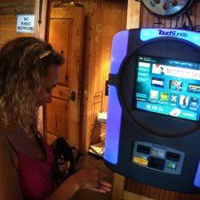 Credit Card jukebox at Roslyn Roadhouse 1