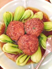 meatballs-and-bok-choy-in-shanghai-1