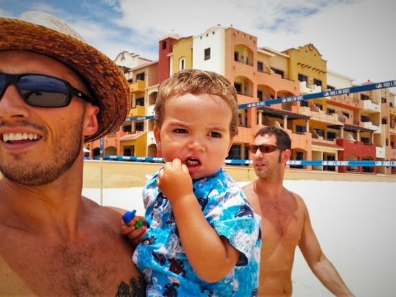 taylor-family-beach-playa-grande-cabo-mexico-1