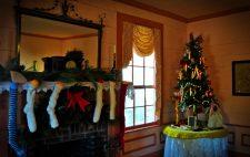 Stately Oaks Christmas 1