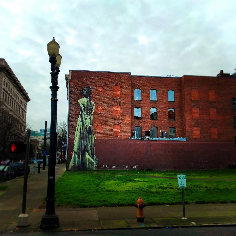 Vintage street art in Downtown Portland 1