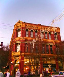 Brick-Victorian-in-Port-Townsend-at-Christmas-1-250x299.jpg
