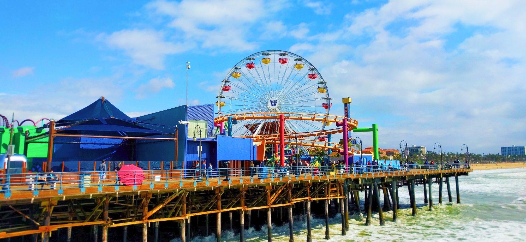 Ferris-Wheel-at-Pacific-Park-Santa-Monica-Pier-2-e1487917342695.jpg
