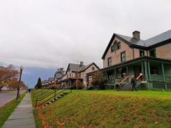 Officers-Quarters-at-Fort-Worden-State-Park-Port-Townsend-3-250x188.jpg