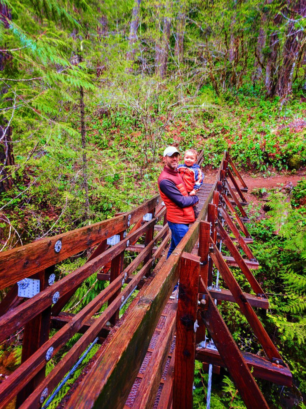 Taylor Family at Falls Creek Falls Carson Washington 2