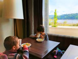 Taylor Family breakfast at Hampton Inn and Suites Hood River 1