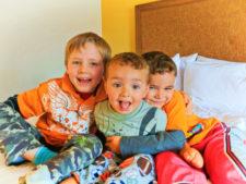 Taylor-Kids-at-Hampton-by-Hilton-Hood-River-3-225x169.jpg