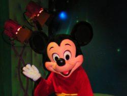 Apprentice Mickey Mouse Toontown Disneyland 1