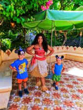 Taylor Kids meeting Moana in Adventureland Disneyland 3