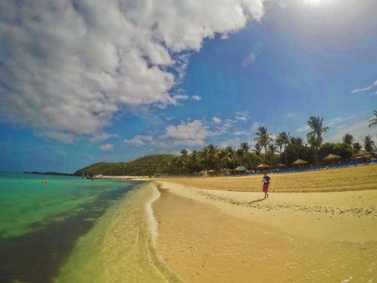 Beach-on-Isla-Palominito-El-Conquistador-Puerto-Rico-3.jpg
