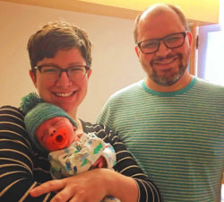NICU Baby Arlo with Parents 8