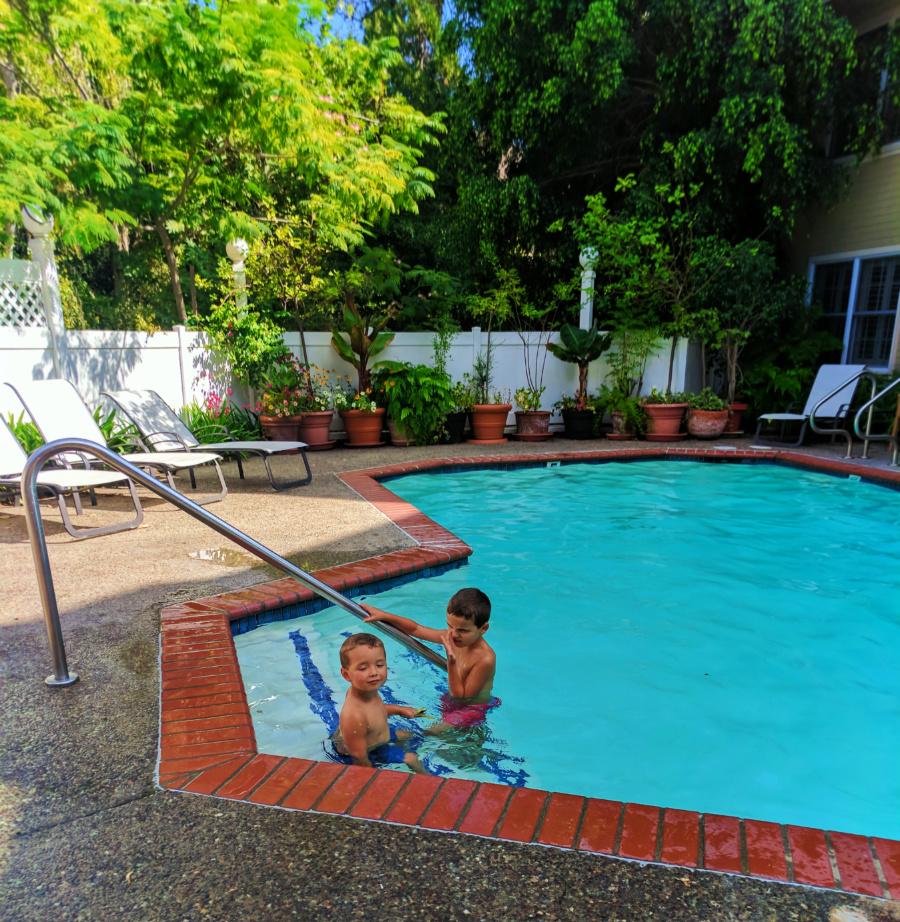 taylor family at apple farm inn pool san luis obispo 1 2. Black Bedroom Furniture Sets. Home Design Ideas