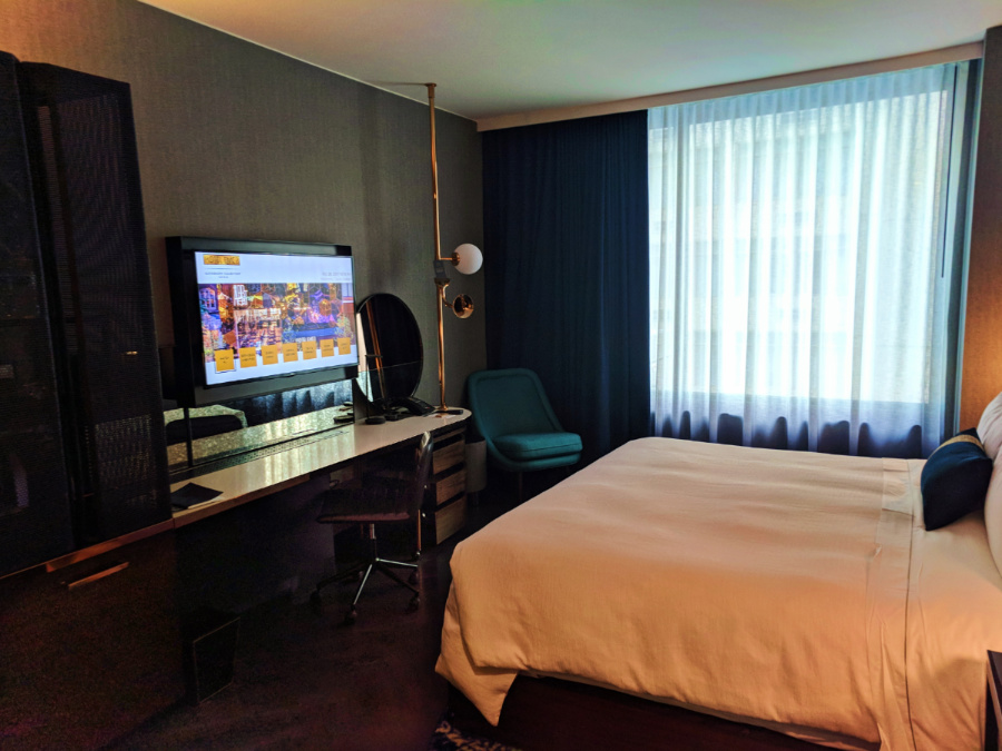Hotel Room at EMC2 Hotel Marriott Autograph Collection Chicago 3