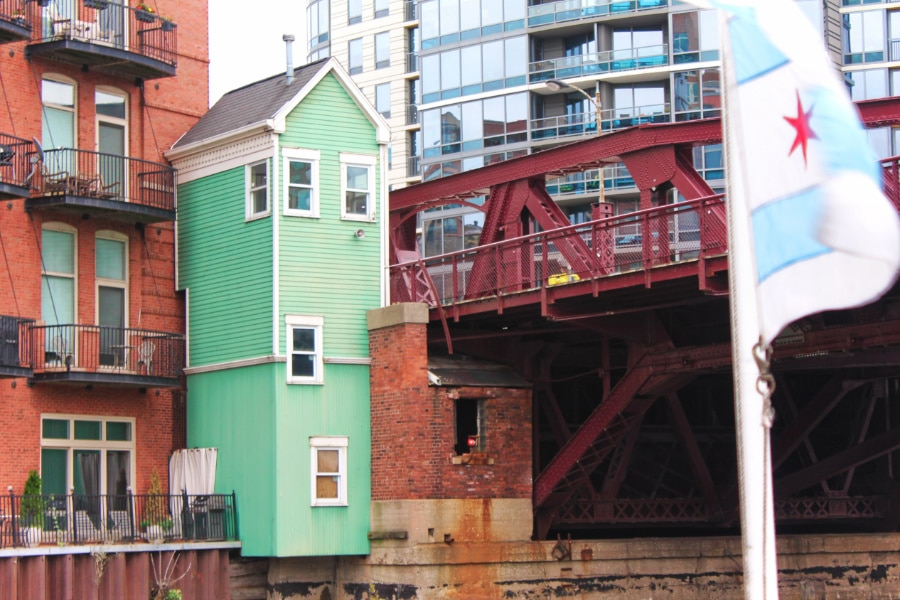 Old Bridge house from Architecture Boat Tour Downtown Chicago 3