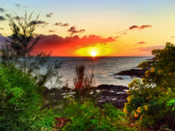 2DadsWithBaggage Spouting Horn sunset Kauai Hawaii 1