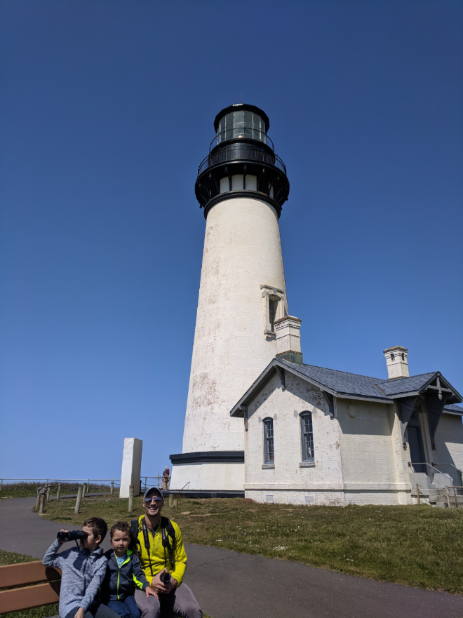 Taylor Family at Yaquina Head Lighthouse Oregon Coast 2