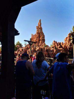 Big-Thunder-Mountain-Frontierland-Disneyland-3-300x400.jpg