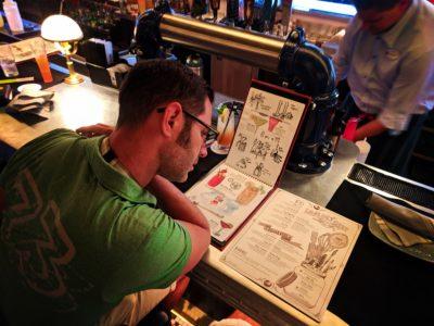 Chris-Taylor-at-Lamplight-Lounge-Pixar-Pier-Disneys-California-Adventure-1-400x300.jpg