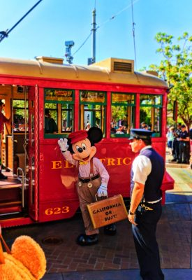 Mickey Mouse in Carthay Circle in Disneys California Adventure 2