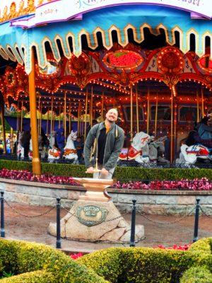 Rob-Taylor-Pulling-Sword-from-the-Stone-Disneyland-Anaheim-California-1-300x400.jpg
