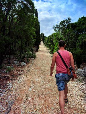 Ruins-hiking-to-Fort-Royale-on-Otok-Locrum-Island-Dubrovnik-Croatia-1-300x400.jpg