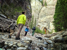 Taylor Family hiking to Grotto Canyon with Earth & Pine Outdoors Canmore Alberta 16
