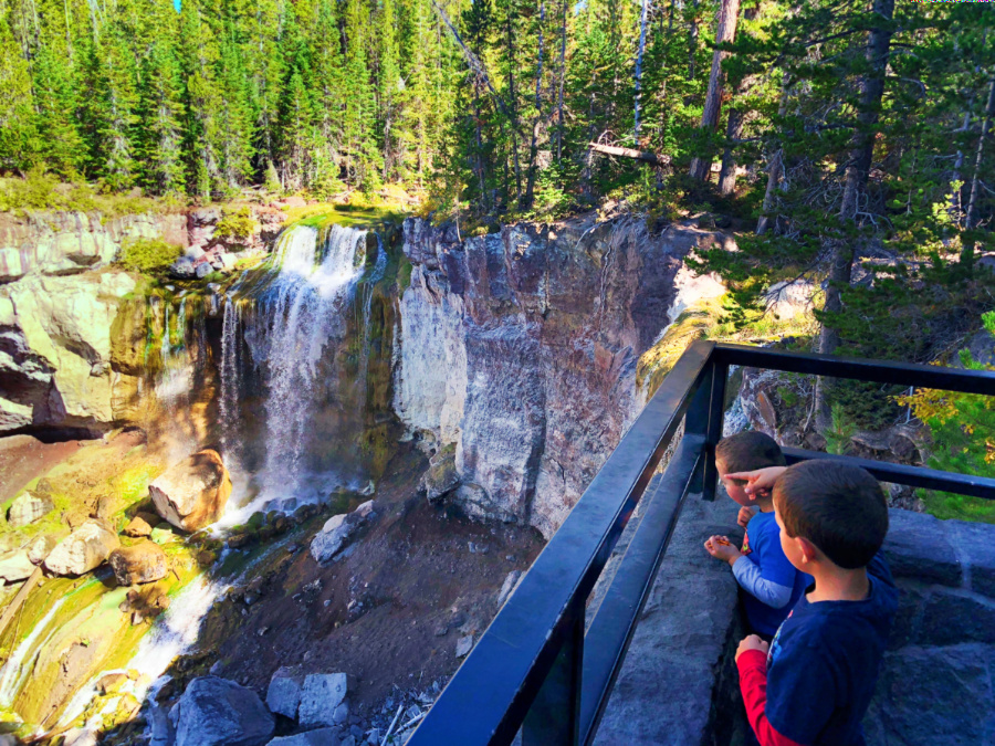 Taylor Family hiking Paulina Falls Newberry Caldera with Wanderlust Tours Bend Oregon 2