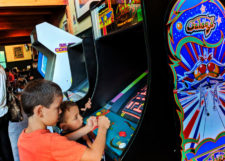 Taylor Family playing arcade games at Cascade Lakes Brewing Company Bend Oregon 1