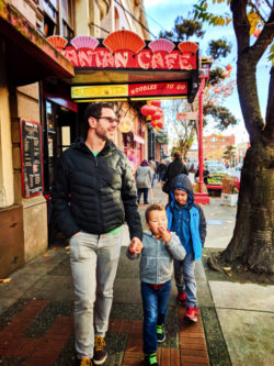 Taylor Family in Chinatown Victoria BC 6