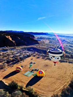 Morning hot air ballooning at Red Rocks Park Gallup NM 2