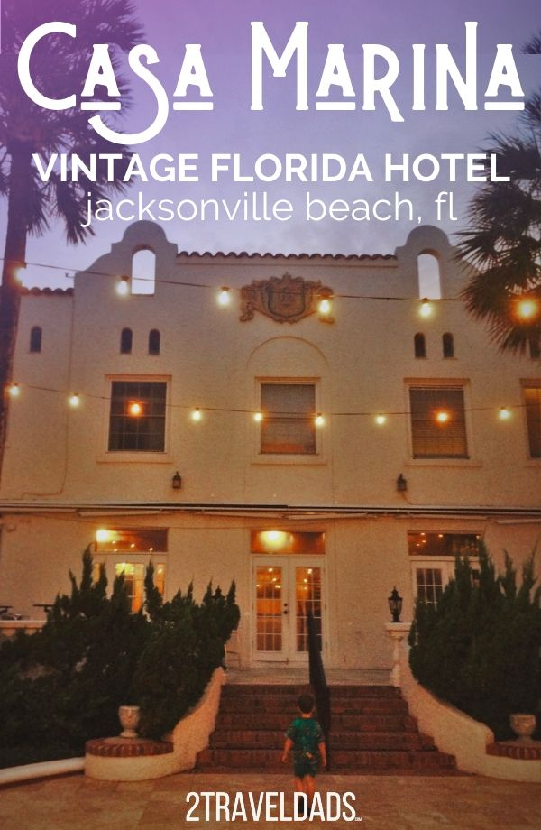 The vintage Casa Marina Hotel in Jacksonville Beach, Florida is gorgeous and right on the beach! Ideal for couples or families looking for that Golden Age feel and Florida vibes. #hotel #Florida #beach