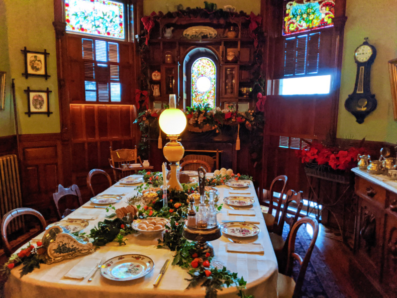 Christmas Decorations inside Craigdarroch Castle Victoria BC 4