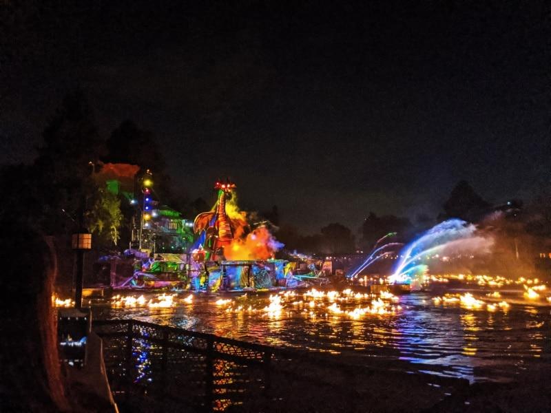 Fantasmic Show Disneyland 2020 7