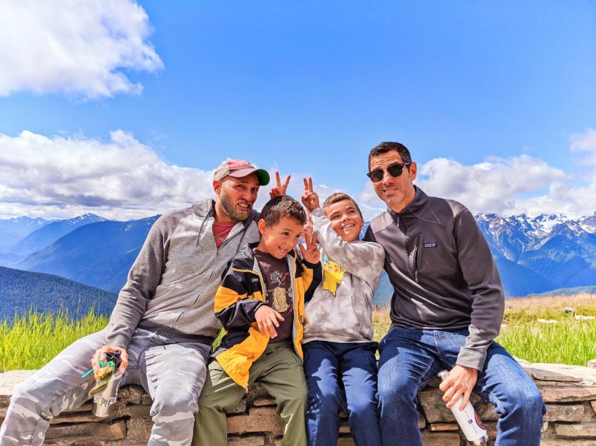 Full Taylor Family at Hurricane Ridge Olympic National Park Washington 2