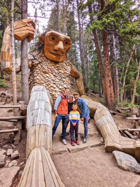 Full Taylor Family at Isak Heartstone Troll Breckenridge Colorado 7