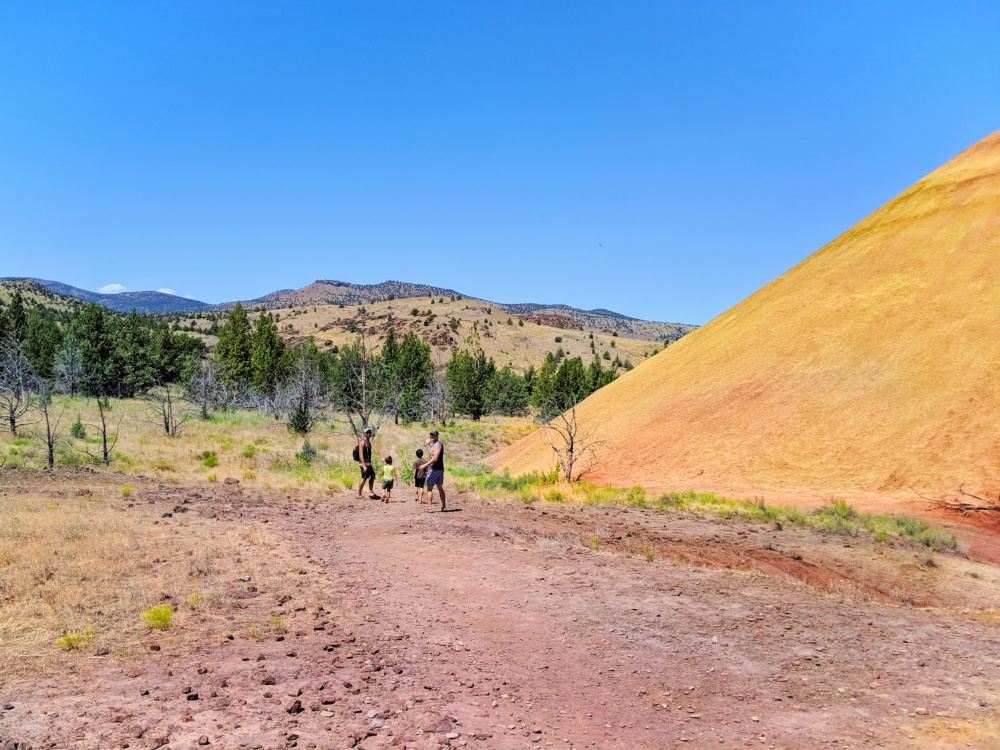 Full Taylor Family hiking at Red Scar Knot at Painted Hills John Day Fossile Beds NM Oregon 3b